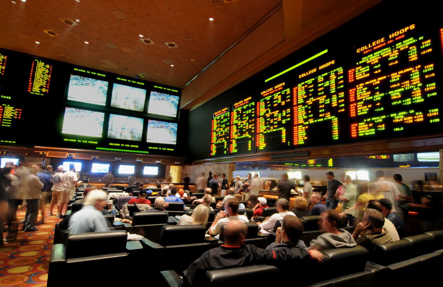 vegas odds and scores biggest sports book in vegas