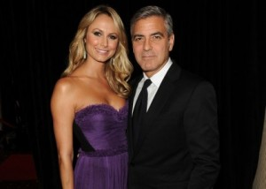 clooney-keibler-hollywood-gala-2011